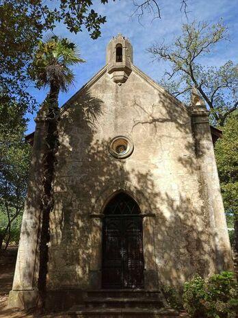 Façade de la chapelle Minuty à Gassin - https://gassin.eu