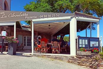 Vue panoramique - La Ciboulette - restaurant avec vue panoramique à Gassin - https://gassin.eu