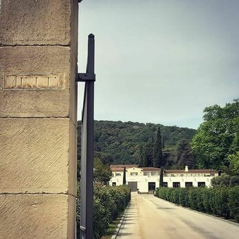 Entrée du Chateau Minuty