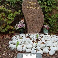 Tombe d'Aldo Killy-Zucconi et Geniève Killy-Zucconi, enterrés au cimetière de Gassin - https://gassin.eu