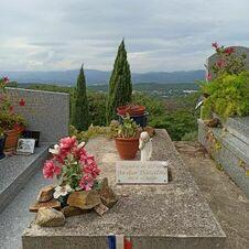 Tombe d'Aurélien Dancelme, brigade de police, enterré au cimetière de Gassin - https://gassin.eu