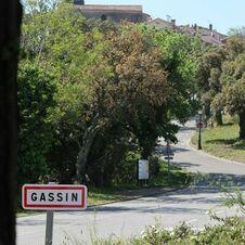 Gassin vu du début du sentier