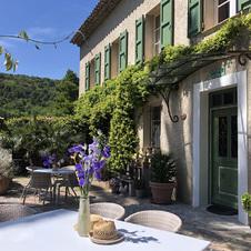 Table du restaurant La Verdoyante